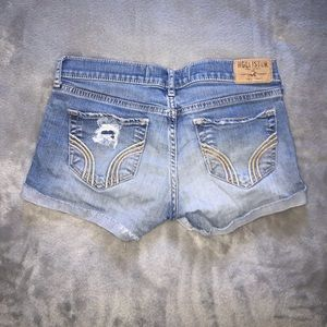 🟥 (3/$20) Hollister Distressed Jean Shorts